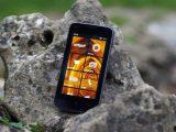 Kazam Thunder 340W Review: A budget British Windows Phone OnMSFT.com August 26, 2015