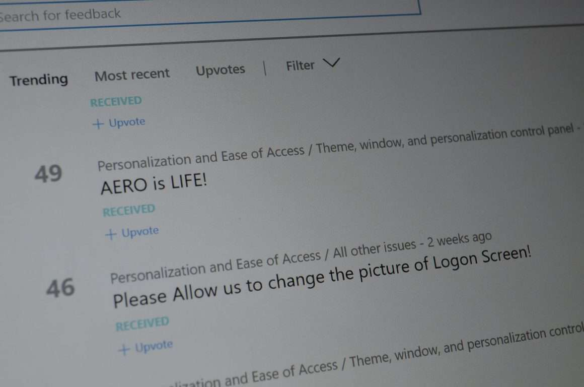 Windows 10 Feedback for Aero and login screen