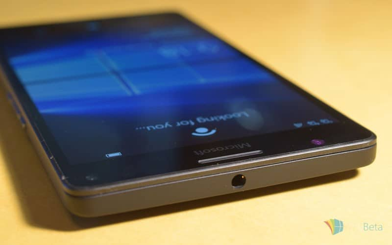 Lumia-950-XL-top