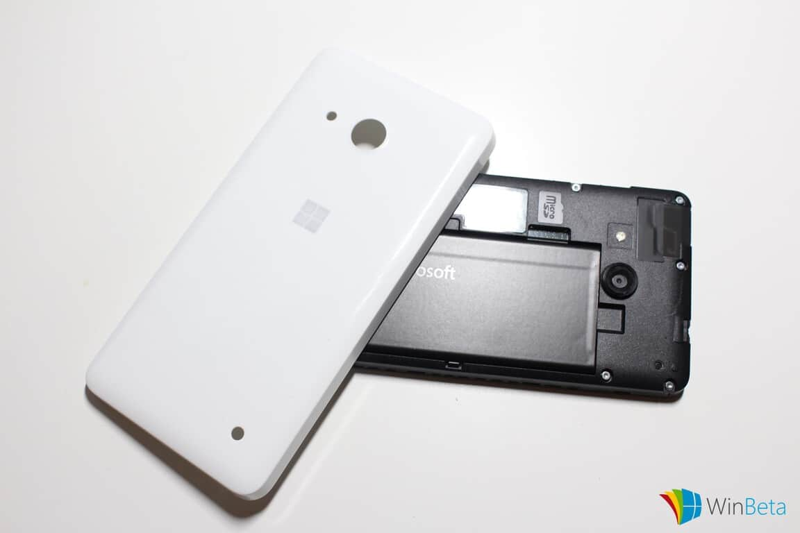 Lumia550-Backplateremoved