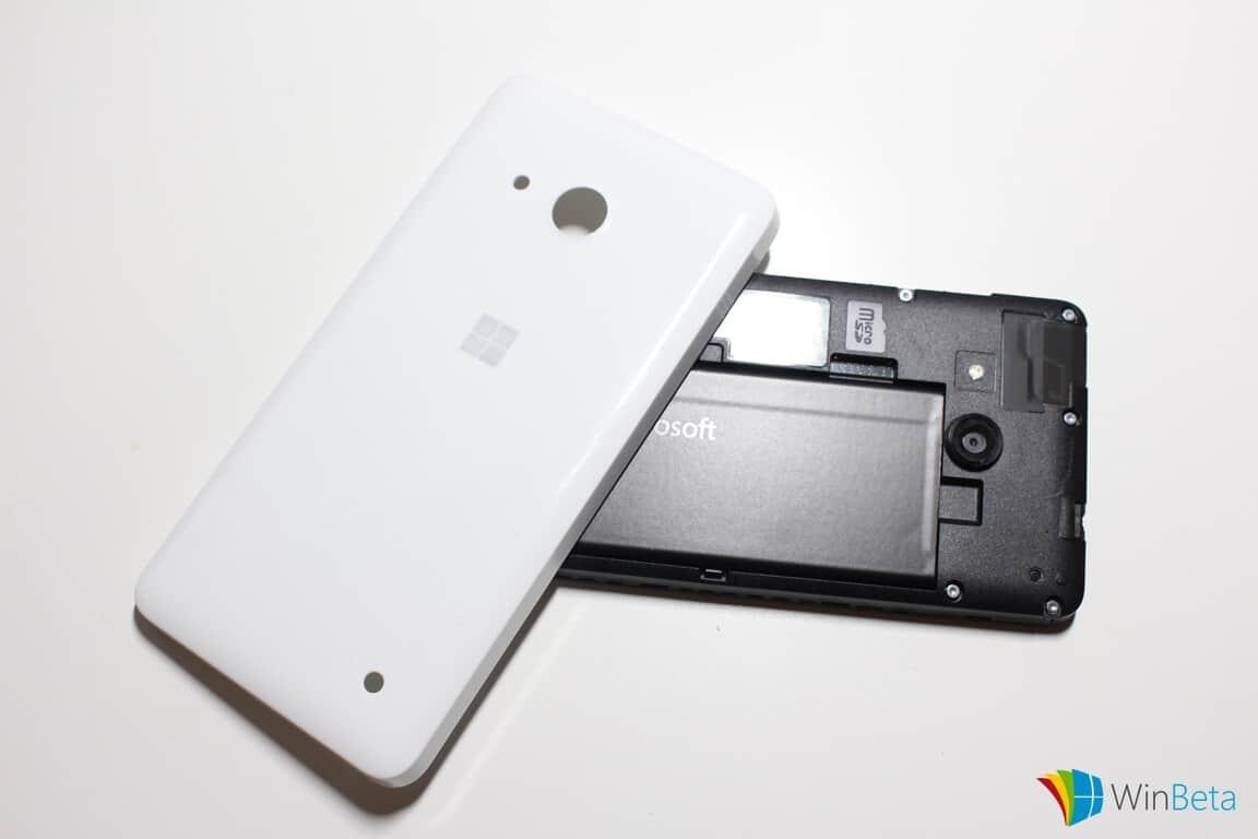 Lumia550-backplateremoved