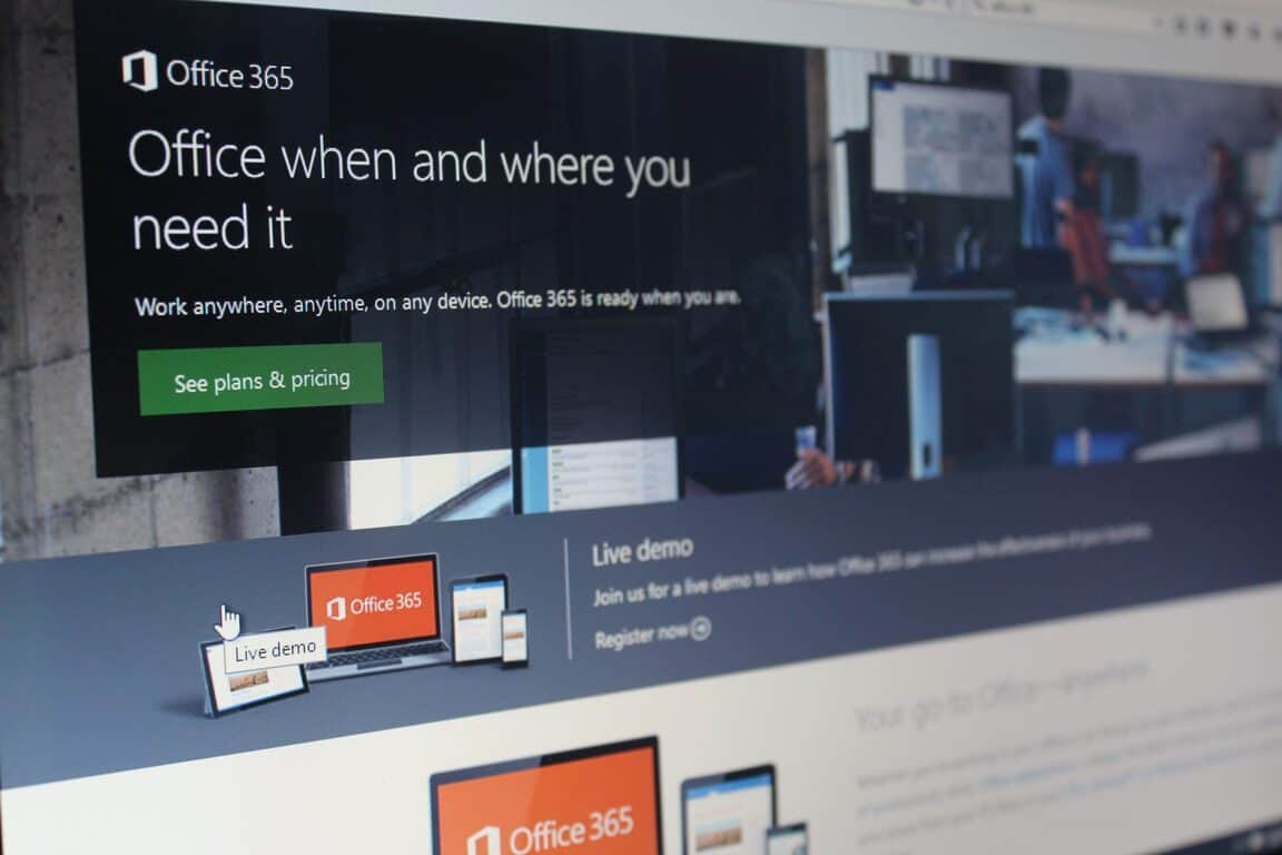 Office 365 for the Windows Store is available, but only on Windows 10 S (for now) OnMSFT.com June 20, 2017