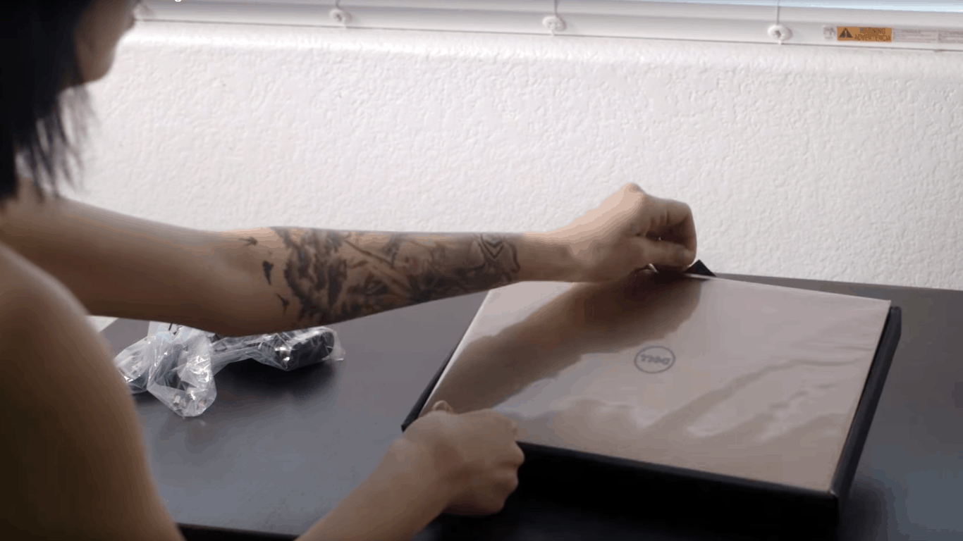 Dell XPS 13 363 unboxing