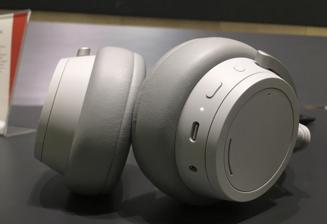Quick hands-on with microsoft's new surface headphones - onmsft. Com - november 1, 2018