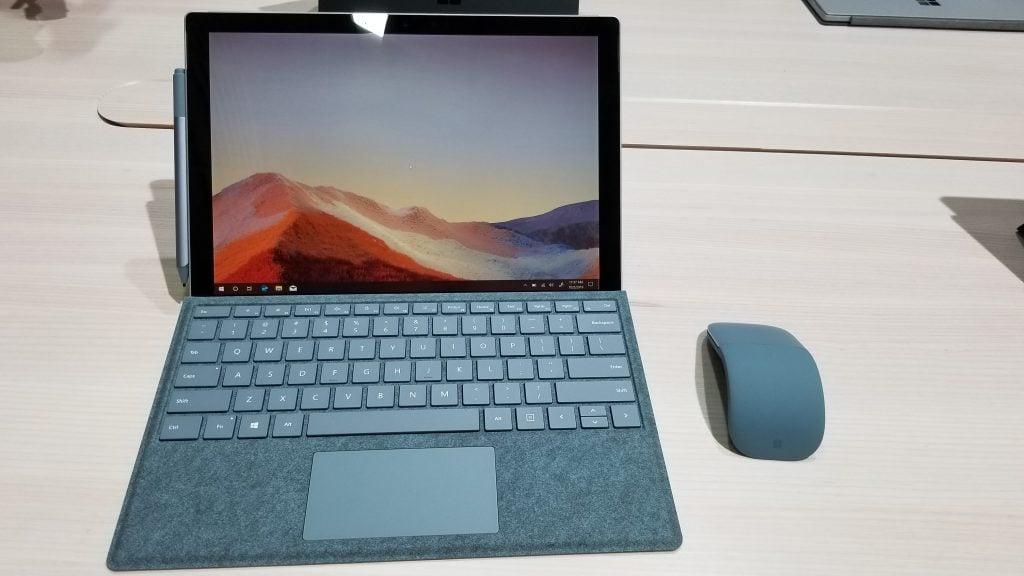 Surface Pro 7 Blue