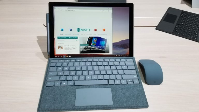 Surface Pro 7 Hands on Pic