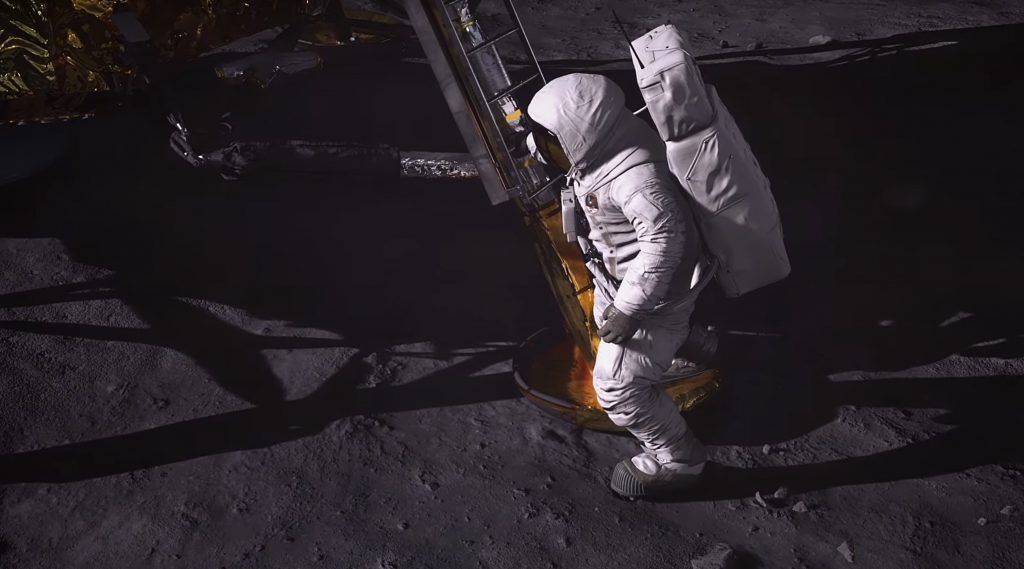 """Epic releases video of hololens 2 """"apollo 11: mission ar"""" demo shown at build - onmsft. Com - october 29, 2019"""