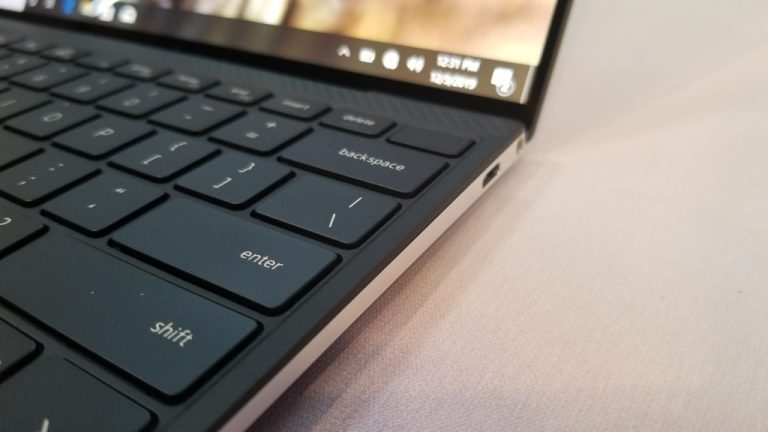 Dell XPS 13 Hands On: Almost all screen, and almost no bezel OnMSFT.com January 2, 2020