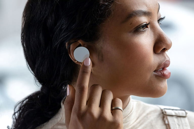 Microsoft finally launches Surface Earbuds and new Surface Headphones 2 OnMSFT.com May 6, 2020