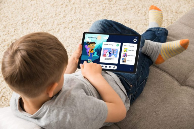 Lenovo Tab M10 Hd Gen 2 Google Kids Space Child On Carpet (1)
