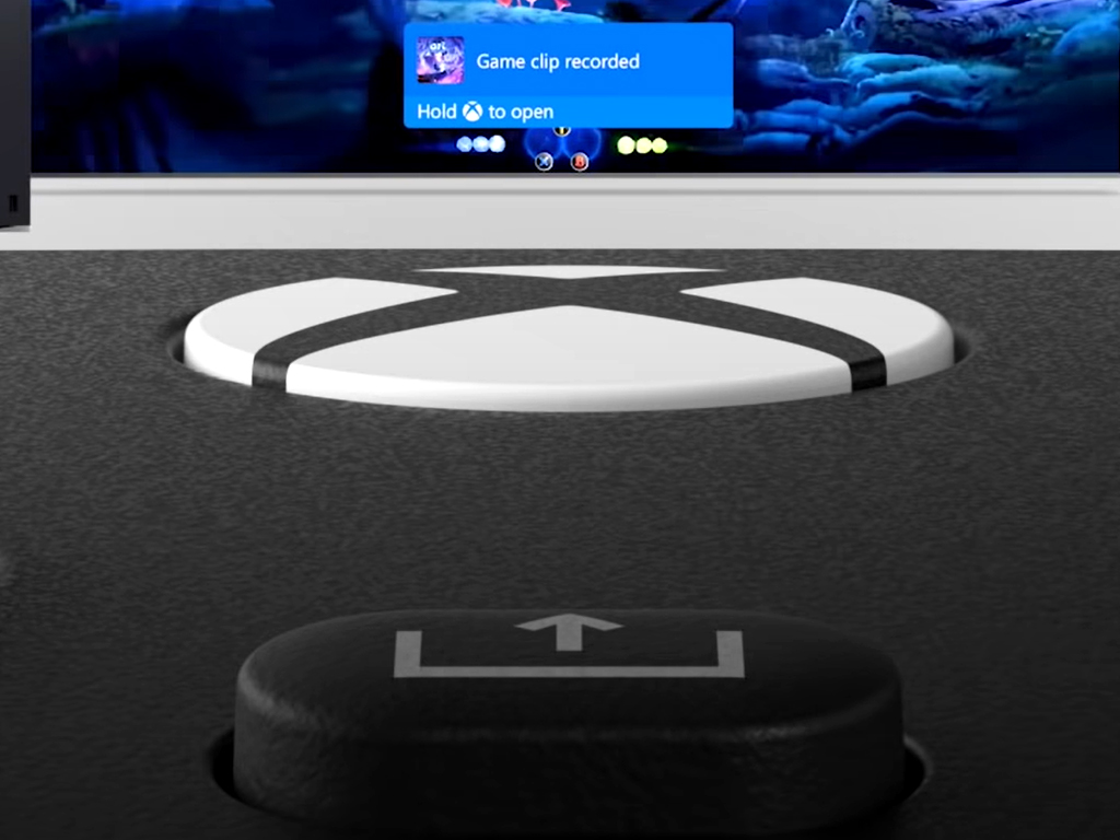 Xbox Series X controller share button.