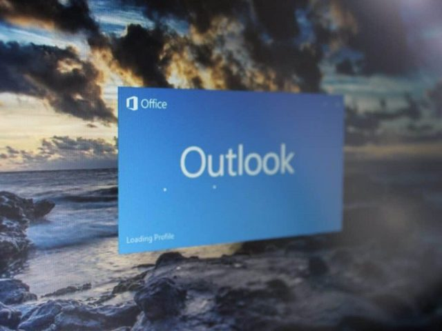 Microsoft Outlook Windows 10
