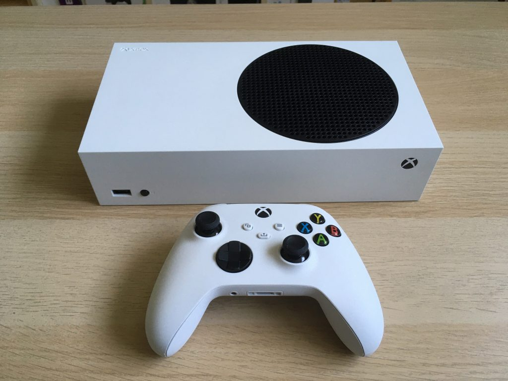Xbox Series S In Horizontal Position 1