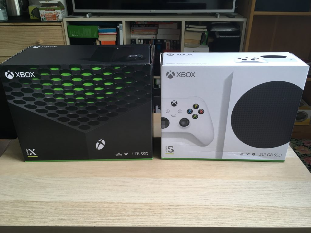 Xbox series x and series s retail boxes