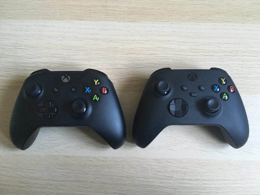 Xbox Series X Controller And Xbox One Controller 1