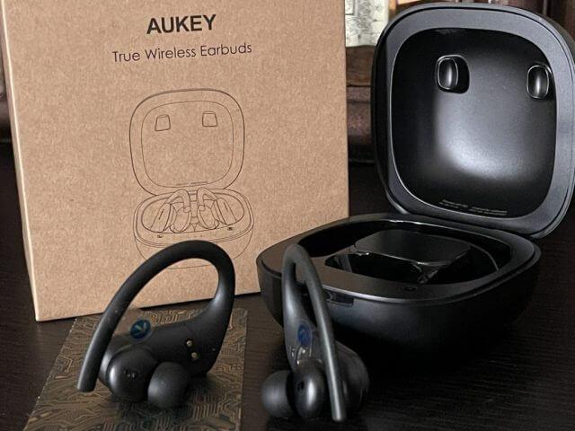 Aukey Headphones Box 3