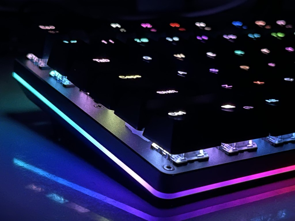 Aukey-mechanical-gaming-keyboard=2