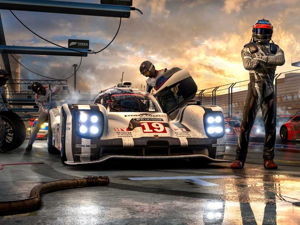 Forza motorsport 7 video game on xbox and windows 10