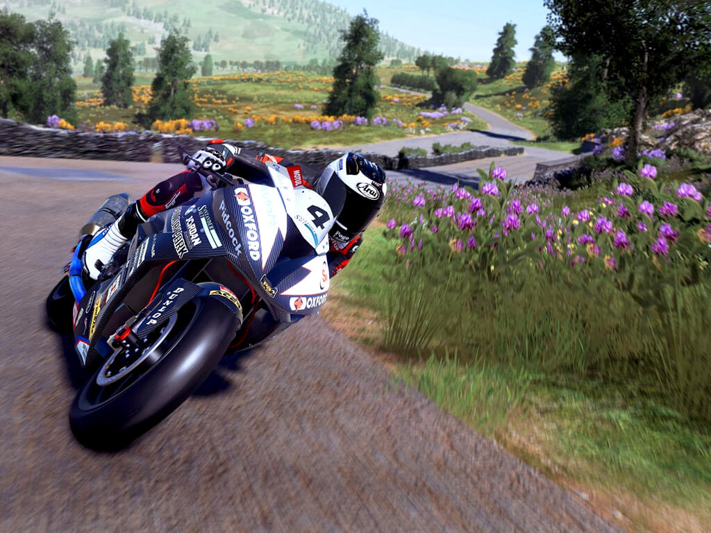 TT Isle of Man Ride on the Edge 2 video game on Xbox One and Xbox Series X