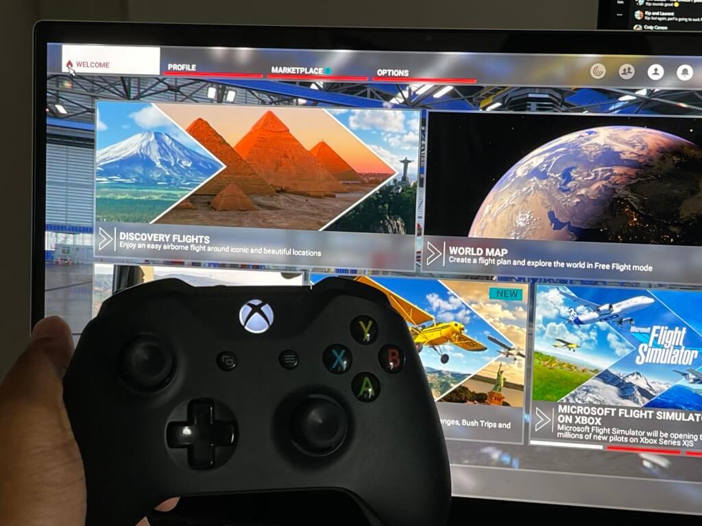 Microsoft flight simulator main menu with xbox controller.