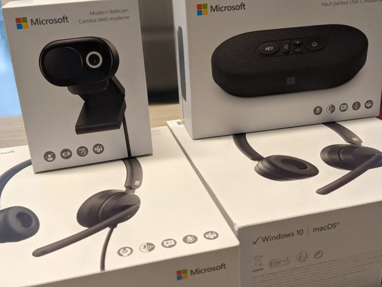 Microsoft modern accessories review: a nice conference collection on-the-go