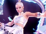 Ariana grande in fortnite video game on xbox one, xbox series x, and windows 10 and 11