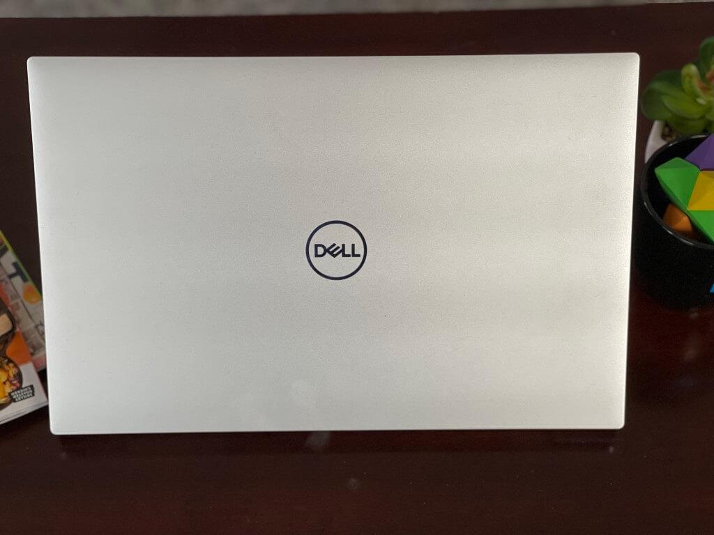 Dell xps 17 windows 10 laptop